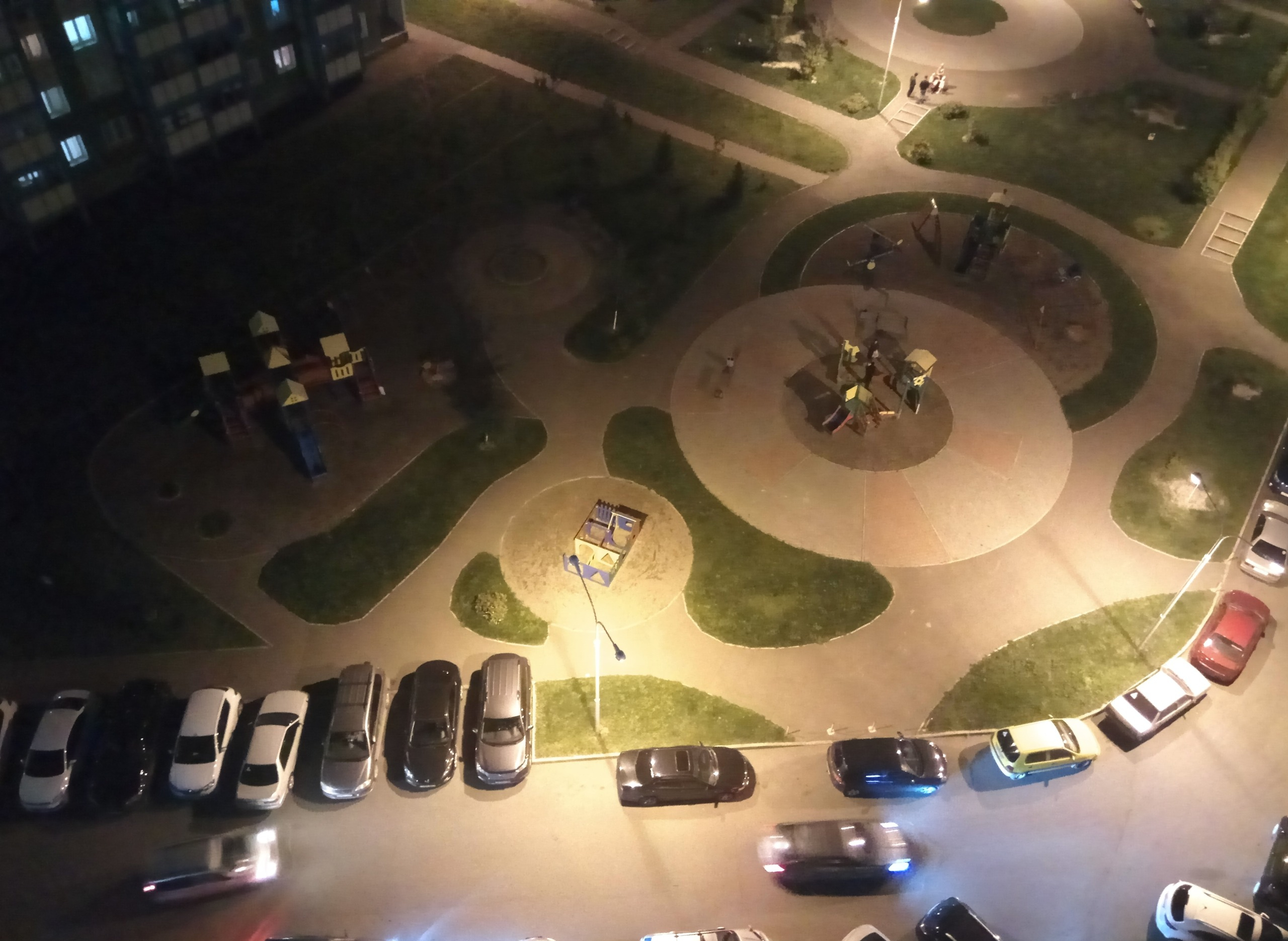 2к квартира ул Караульная, д 40   14000   аренда в Красноярске фото 0