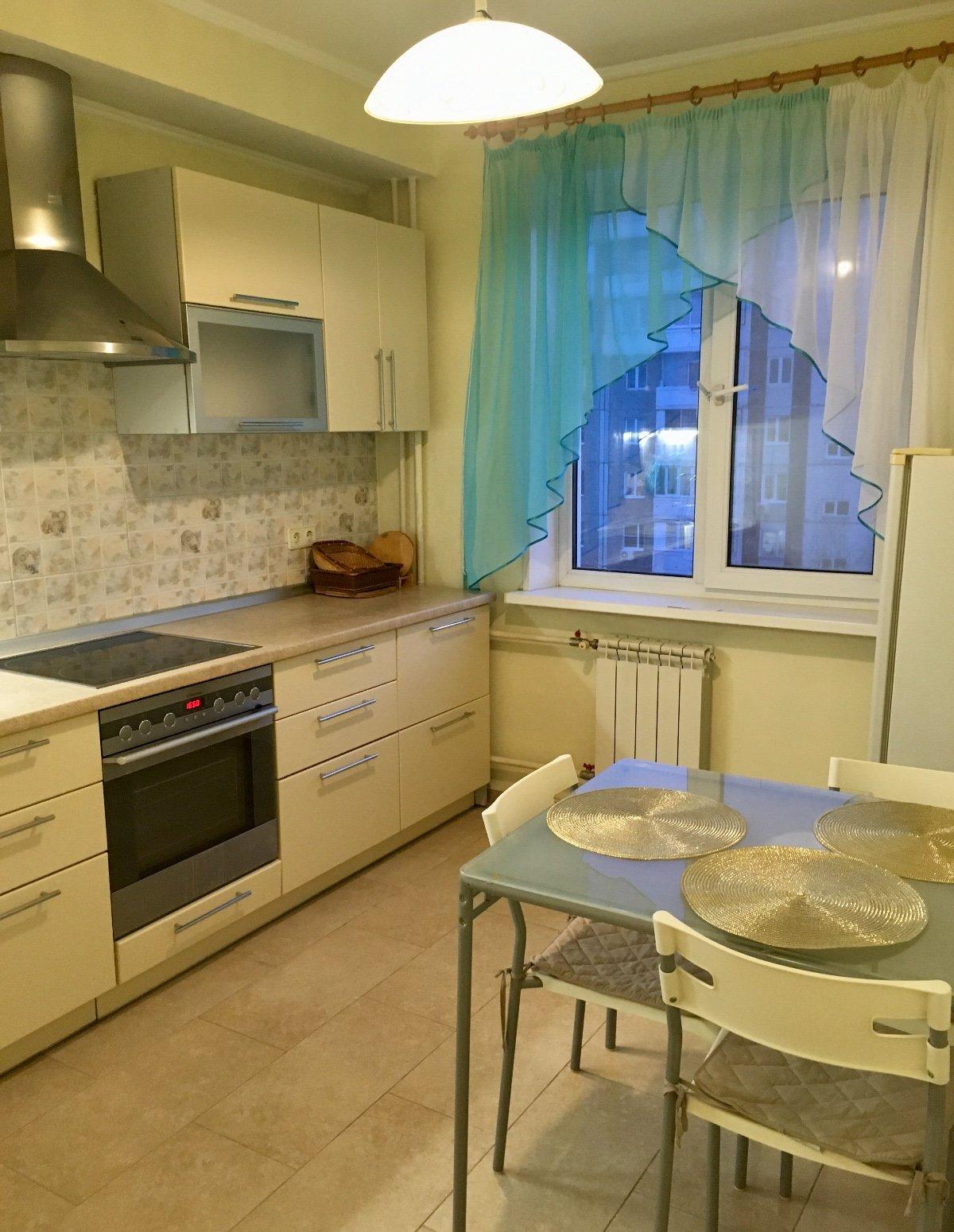 2к квартира ул Ладо Кецховели, д 75А   25000   аренда в Красноярске фото 0