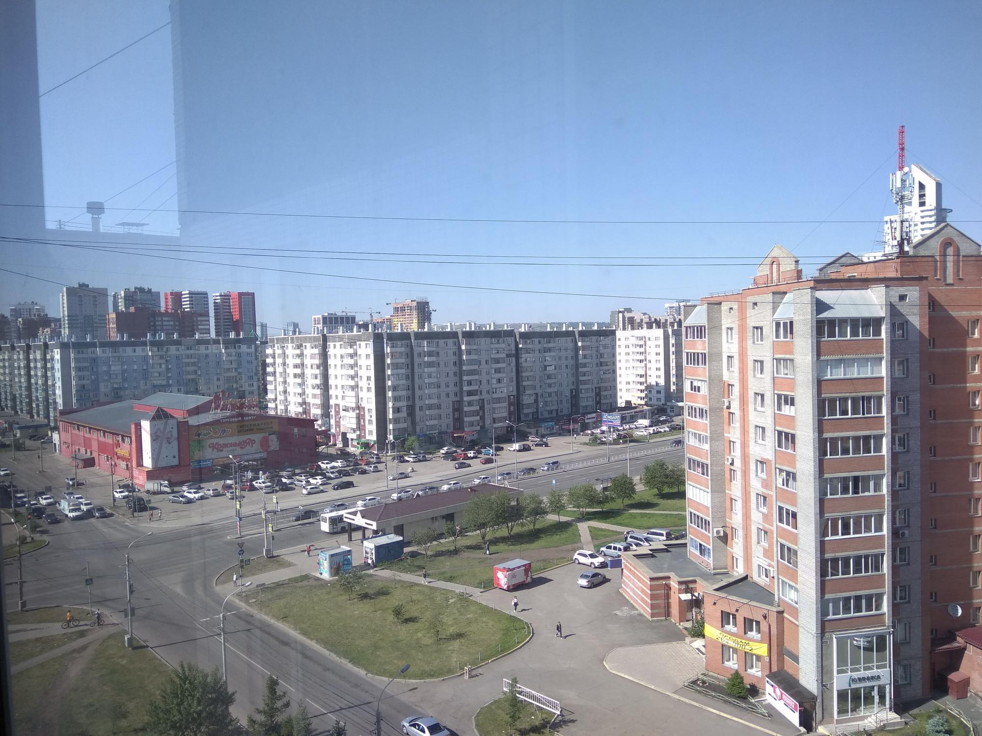 2к квартира Взлётка, 7-ой микрорайон, улица Батурина, 15 | 19000 | аренда в Красноярске фото 0
