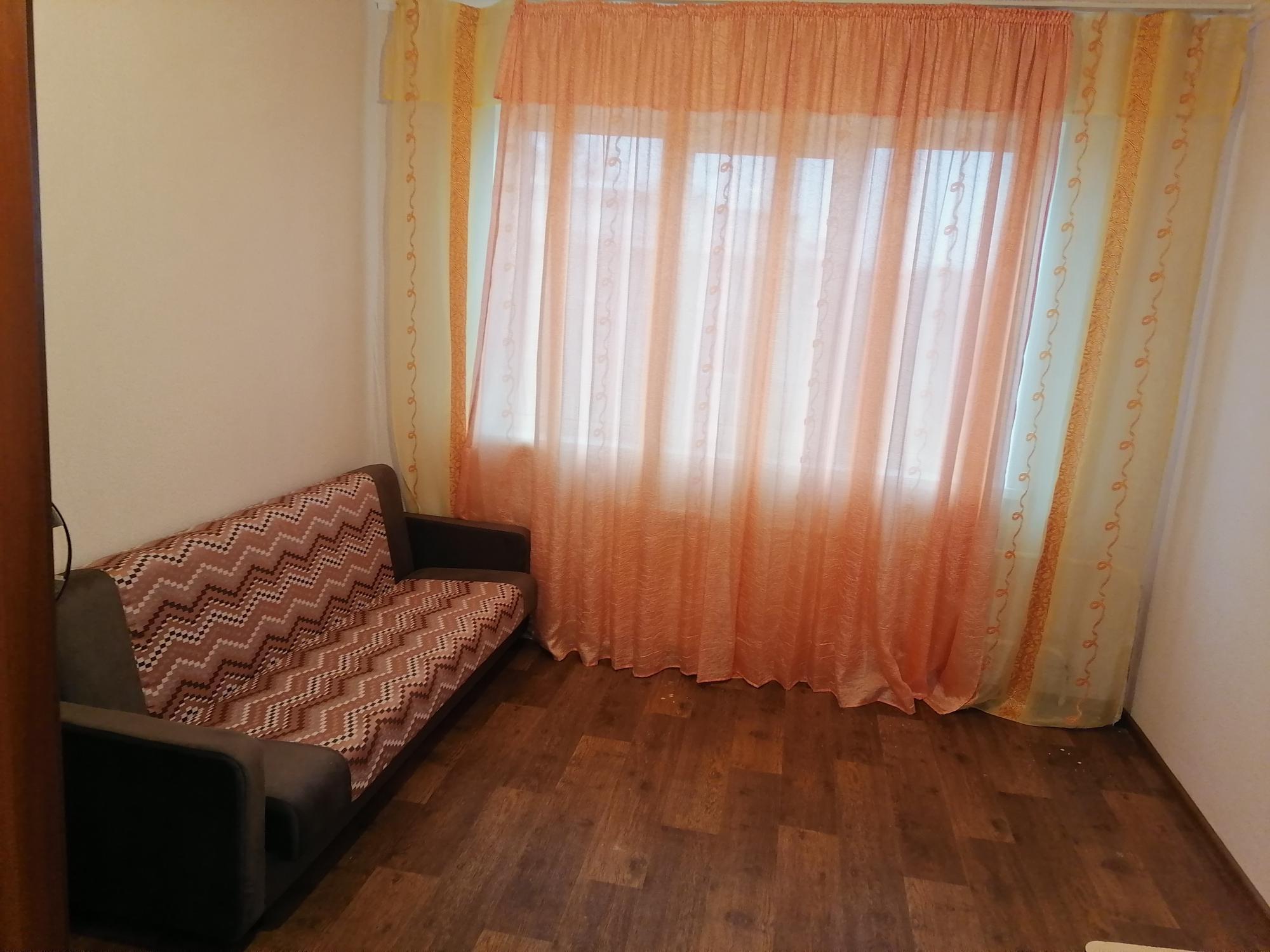 1к квартира улица Устиновича, 28   10000   аренда в Красноярске фото 0