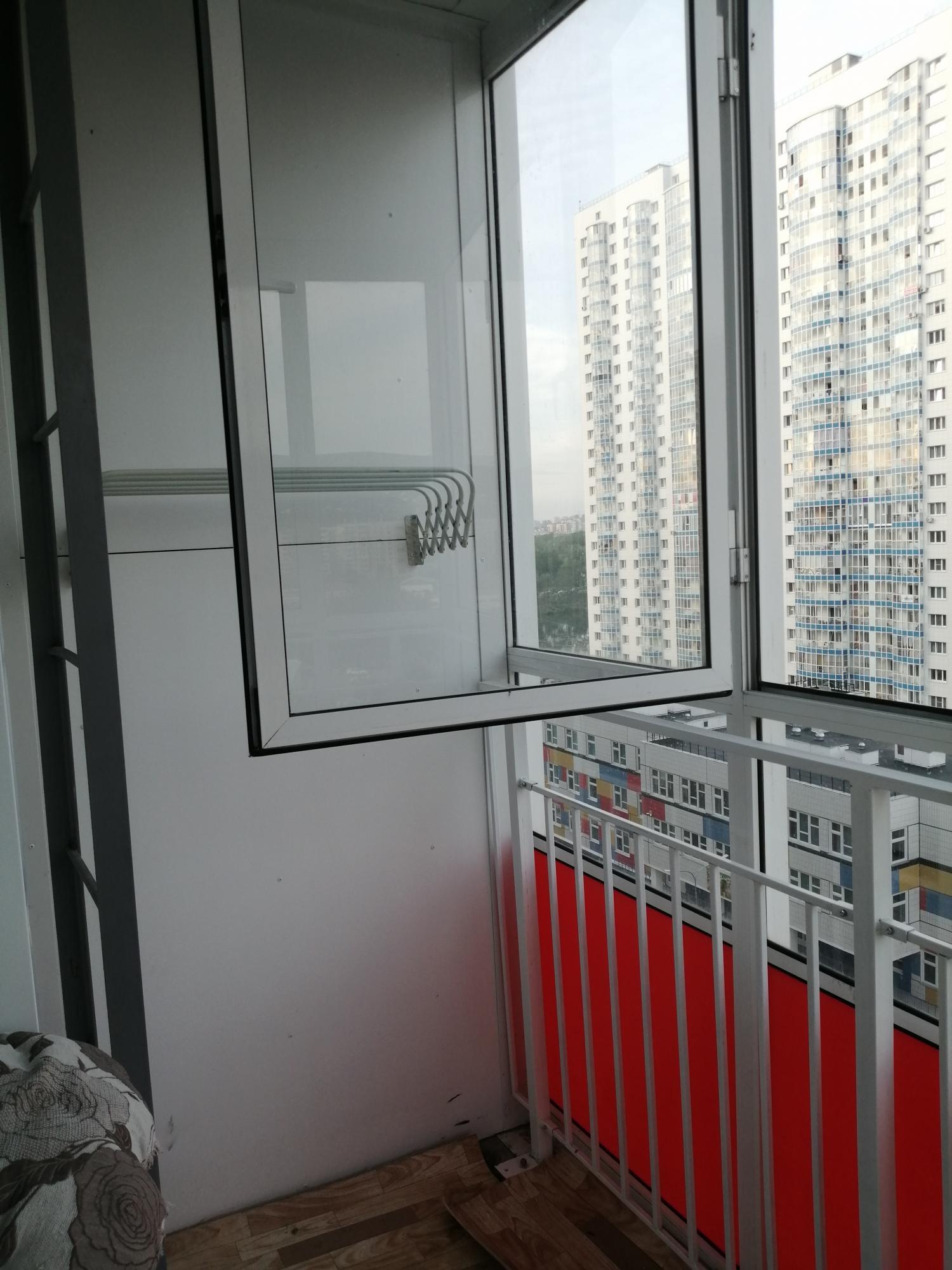 студия улица Карамзина, 14   12000   аренда в Красноярске фото 6