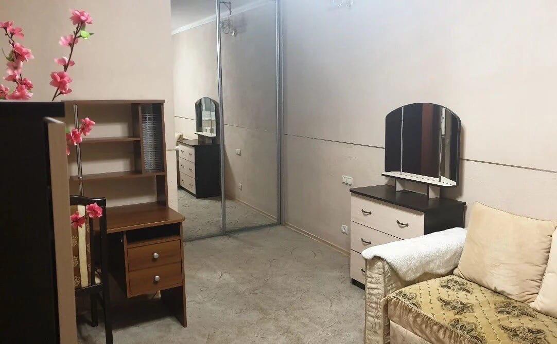 1к квартира Взлётная улица, 1   15000   аренда в Красноярске фото 1