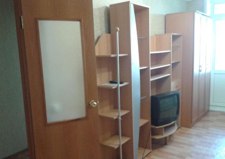 1к квартира Иннокентьевский, 6-ой микрорайон, улица Молокова, 16 | 18000 | аренда в Красноярске фото 1
