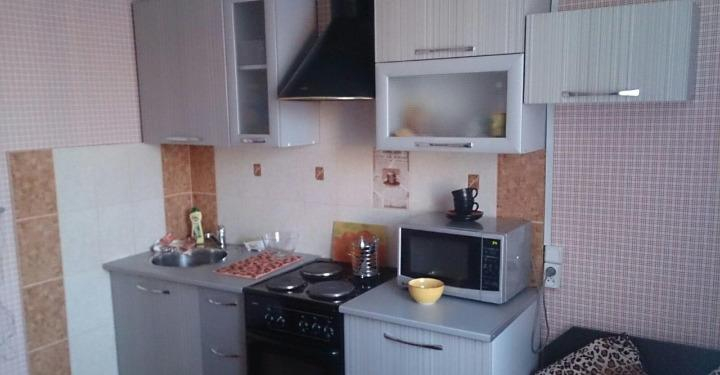 1к квартира Взлётка, 7-ой микрорайон, улица Молокова, 17 | 17500 | аренда в Красноярске фото 0