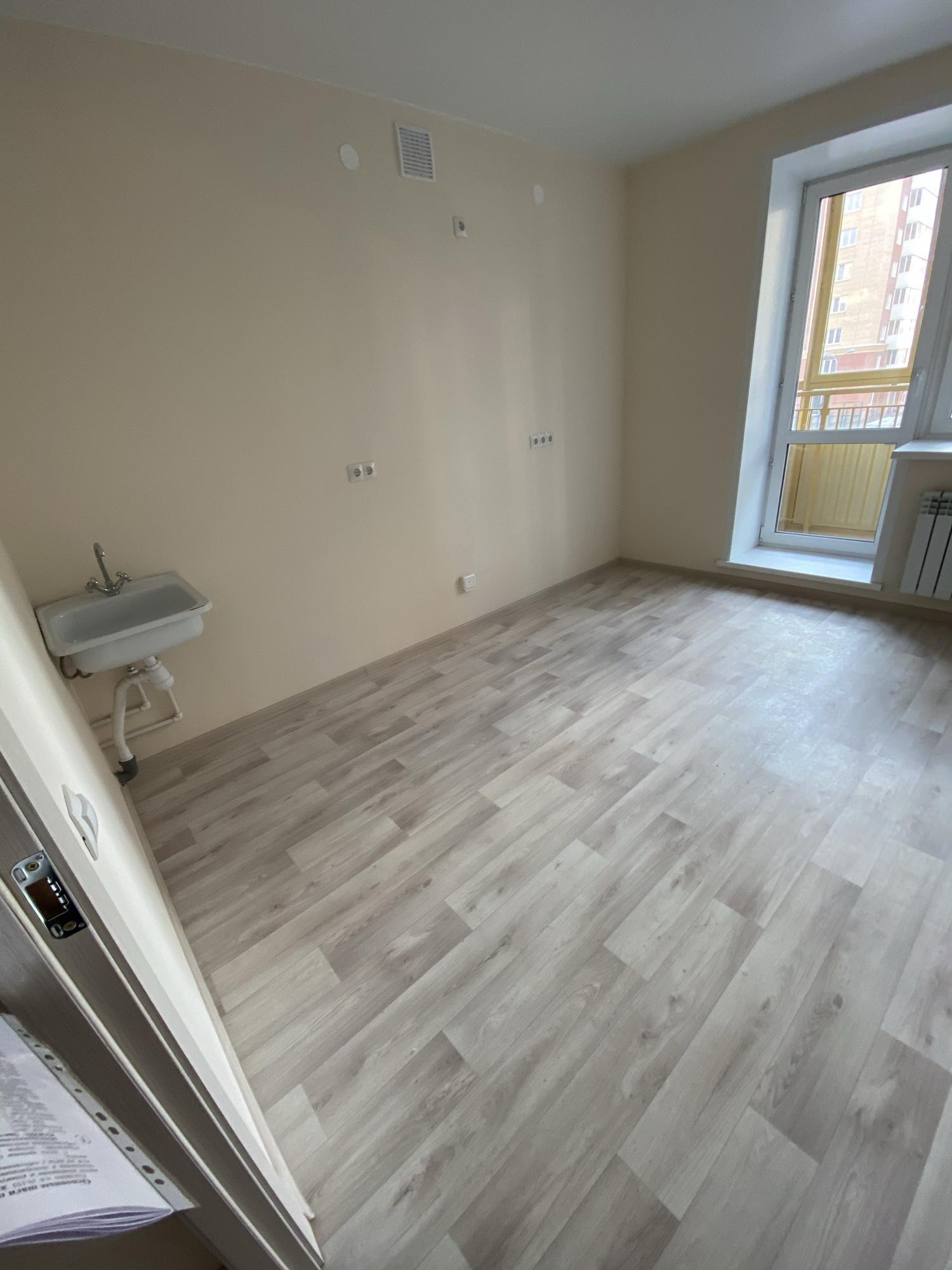 1к квартира Апрельская улица, 1   13000   аренда в Красноярске фото 4