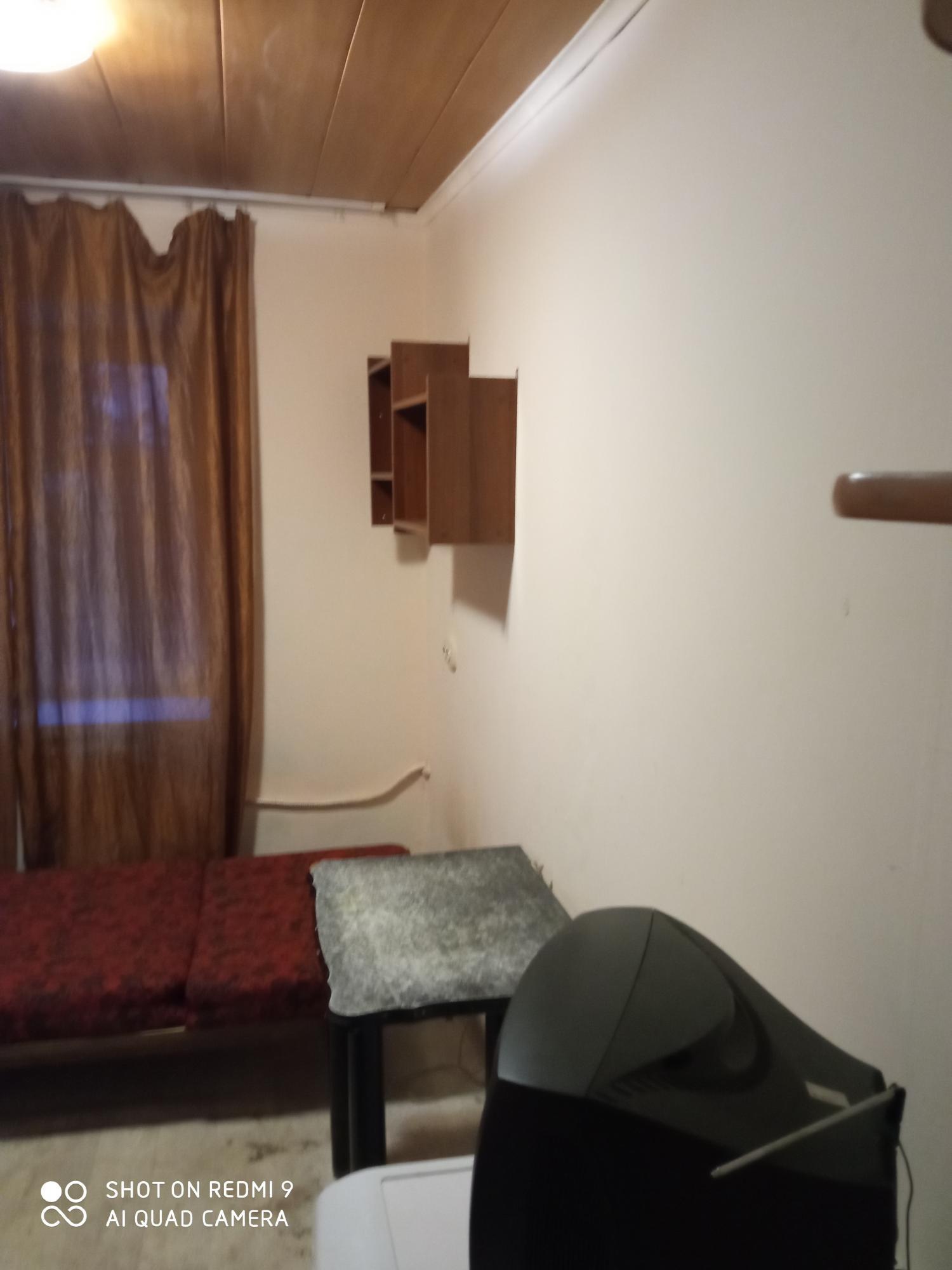 1к квартира улица Аэровокзальная, 7   10000   аренда в Красноярске фото 1
