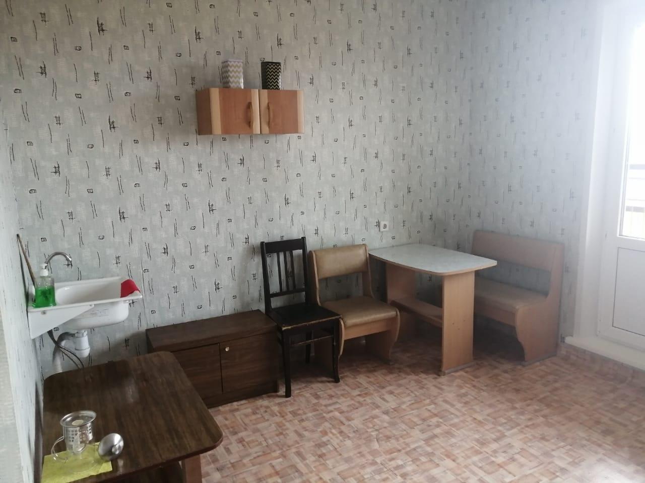 студия улица Петра Подзолкова, 5   10000   аренда в Красноярске фото 2