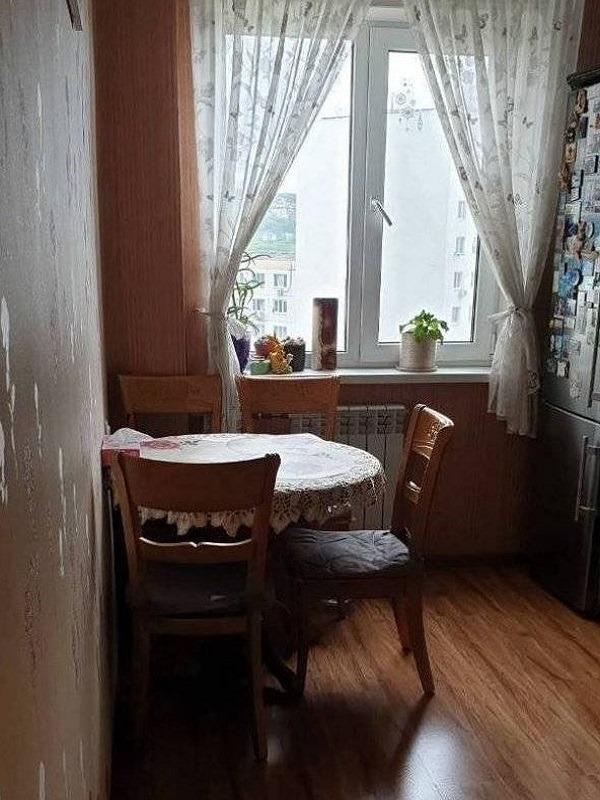 1к квартира улица Сурикова, 36   16000   аренда в Красноярске фото 1