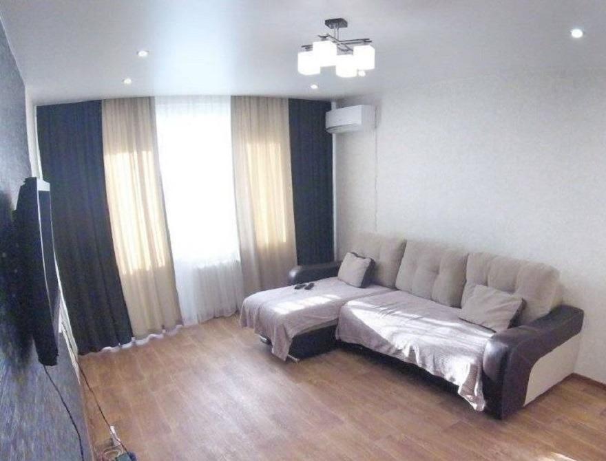 2к квартира Линейная улица, 76   18000   аренда в Красноярске фото 0