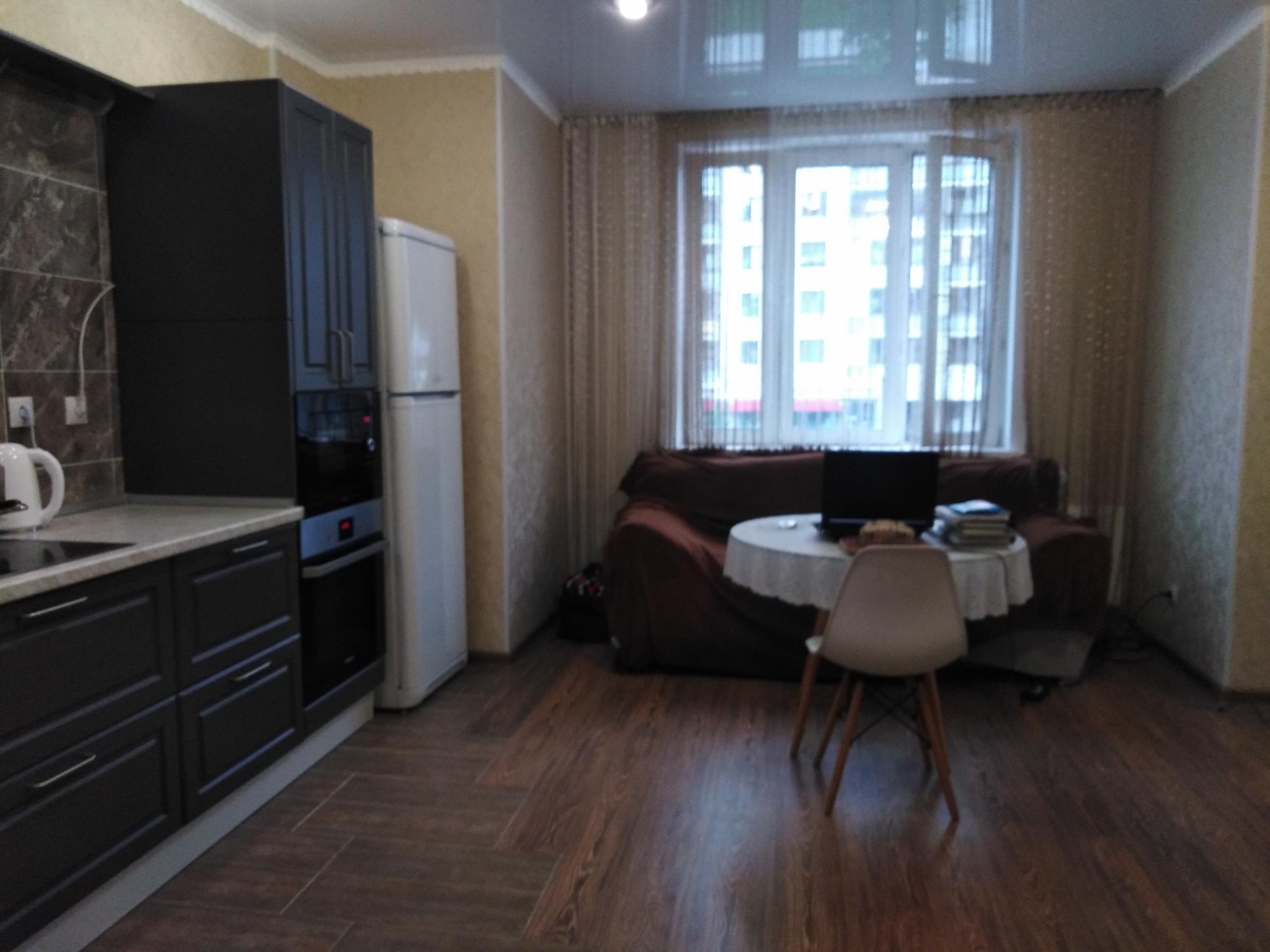 1к квартира улица Петра Ломако, 8   30000   аренда в Красноярске фото 5