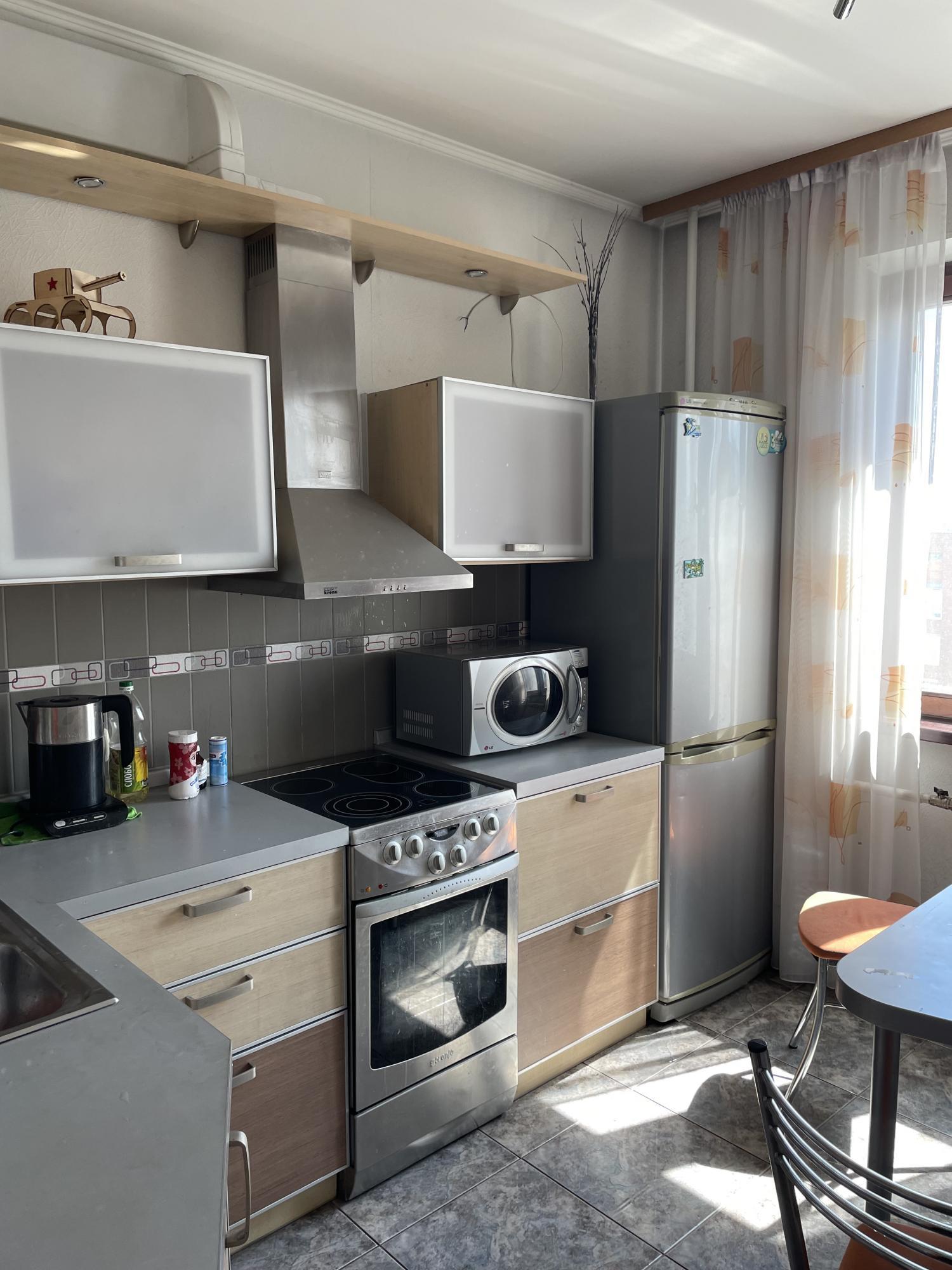 2к квартира улица 78-й Добровольческой Бригады, 4   23000   аренда в Красноярске фото 16