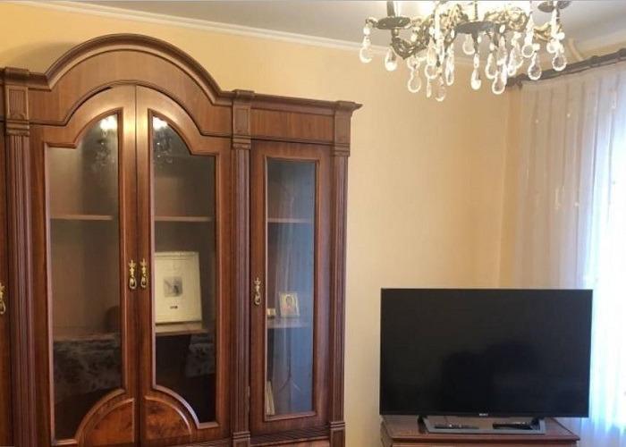2к квартира улица Железнодорожников, 19   18000   аренда в Красноярске фото 0