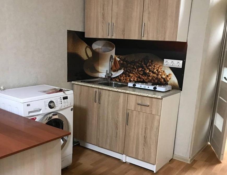 студия Взлётка, 1-ый микрорайон, улица Молокова, 60   9500   аренда в Красноярске фото 1