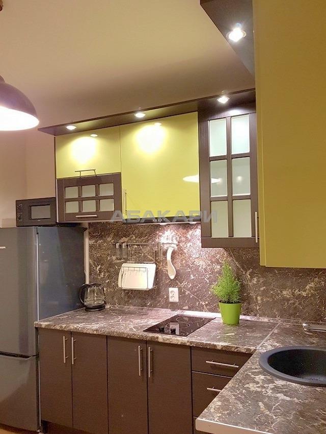 2к квартира Свободный проспект, 45   19000   аренда в Красноярске фото 2