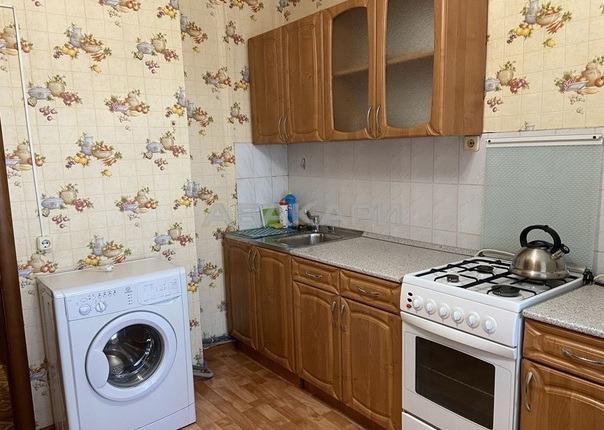 1к квартира улица Александра Матросова, 10   10000   аренда в Красноярске фото 0