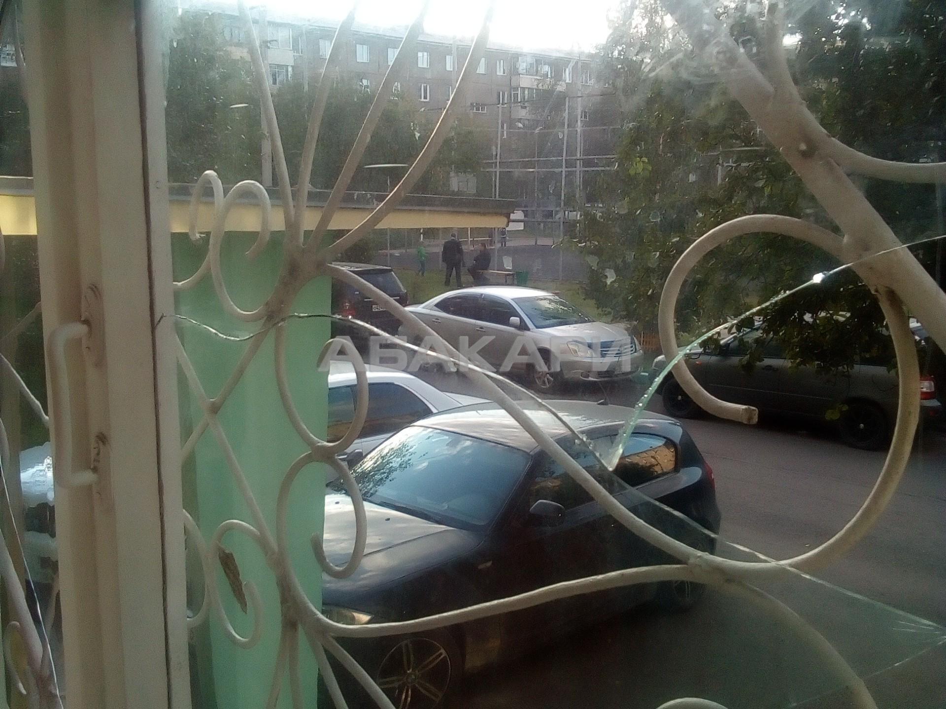 1к квартира улица Пионерская Правда, 3 1/5 - 36кв | 25000 | аренда в Красноярске фото 3