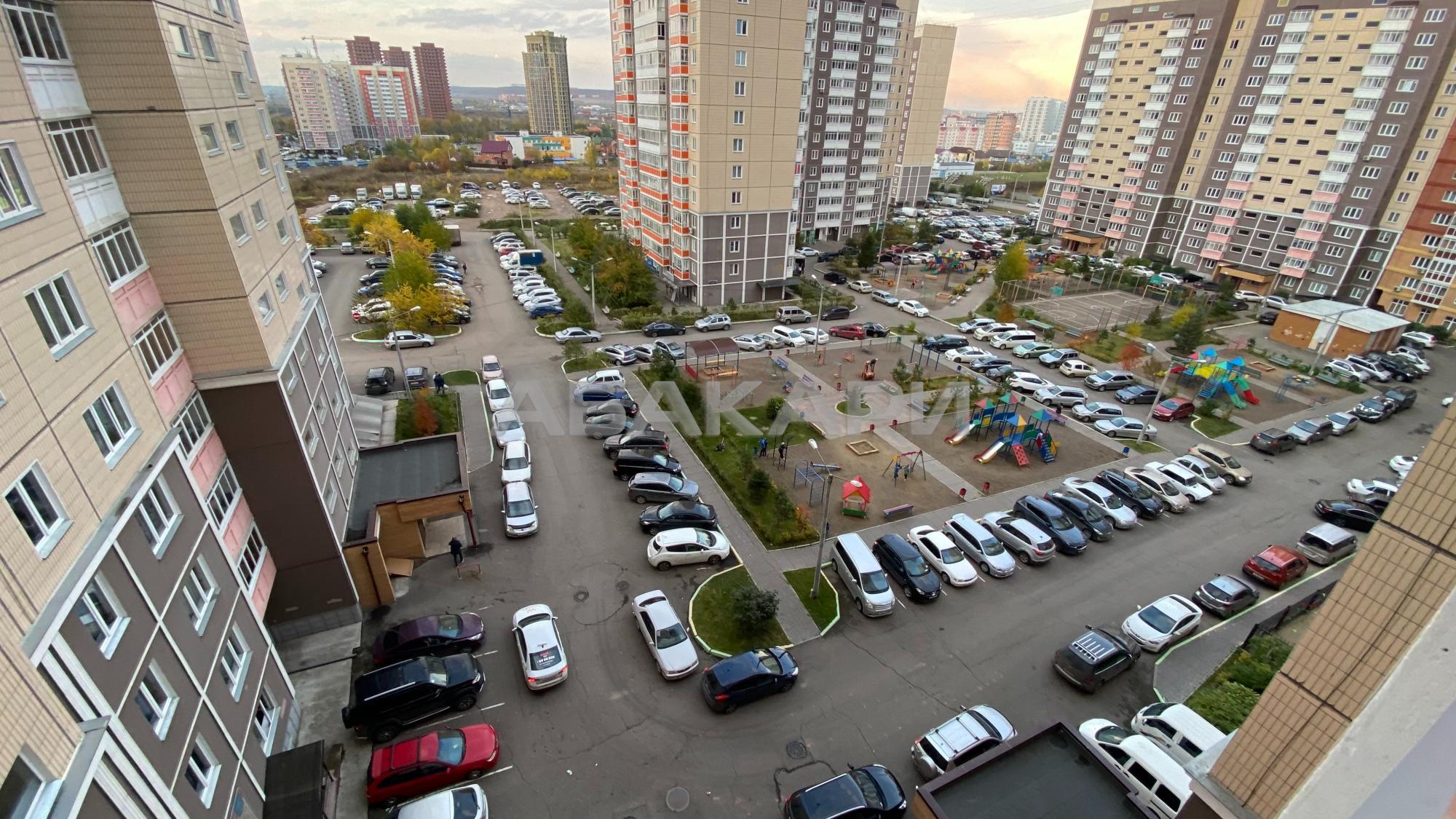 3к квартира проспект Мира, 49А 8/14 - 65кв   25000   аренда в Красноярске фото 6