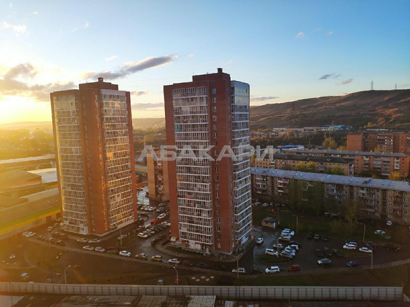 1к квартира улица Калинина, 49 стр.8 14/18 - 45кв   15000   аренда в Красноярске фото 0