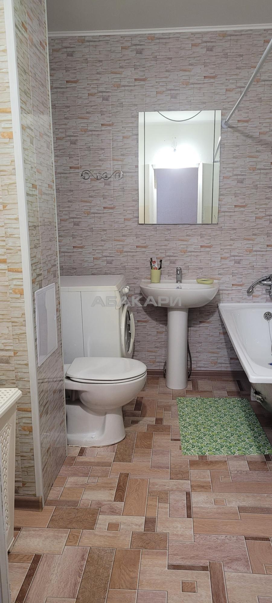 2к квартира Паровозная улица, 5А 3/10 - 50кв   20000   аренда в Красноярске фото 9