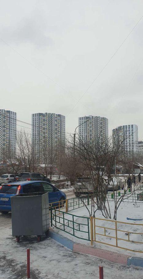 1к квартира Октябрьская ул., 1 | 10000 | аренда в Красноярске фото 0