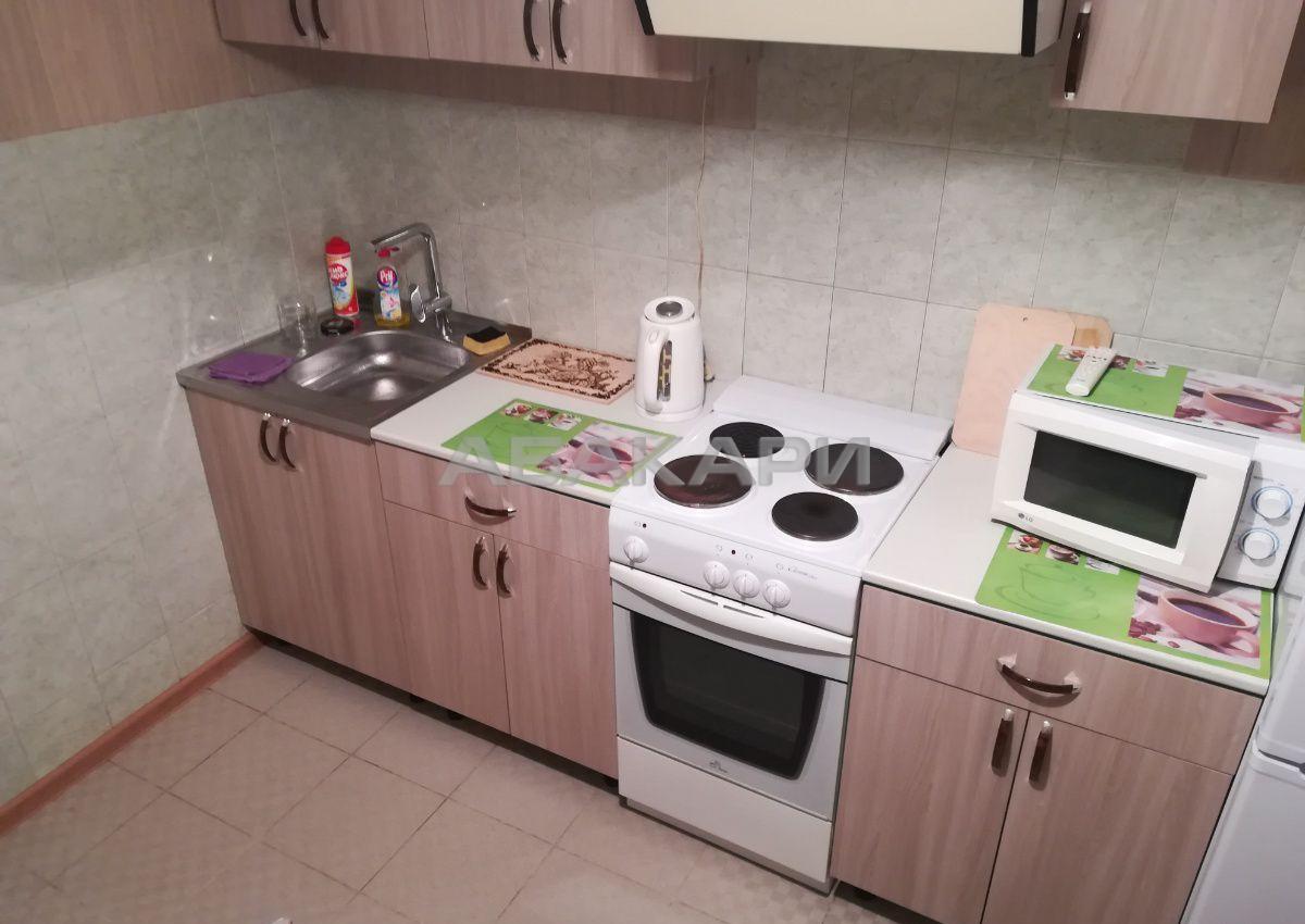 3к квартира микрорайон Северный, ул. Урванцева, 33 8/10 - 68кв   38000   аренда в Красноярске фото 0
